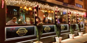 DC's Annie's Paramount Steakhouse Wins James Beard Classics Award
