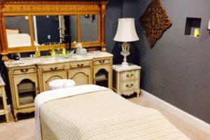 A massage bed.