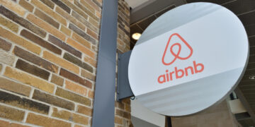 Airbnb is cross-referencing MPD's arrest logs to identify Capitol rioters.
